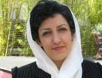 نرگس محمدی، نایب رئیس کانون مدافعان حقوق بشر و رئیس هیئت اجرایی شورای ملی صلح،  محکوم به ۶سال حبس تعزیری